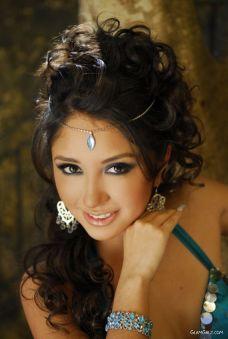 bful_egyptian_galz_01