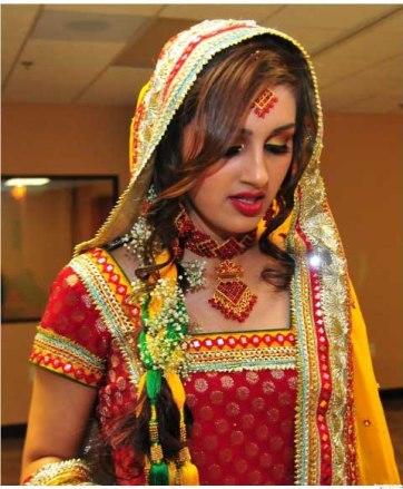 colourful-pakistani-wedding-dresses1