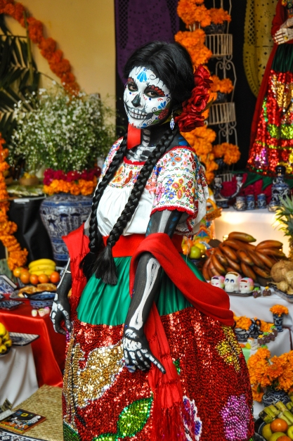 Puebla, Mexico - October 31St, 2013 : Woman Disguised For Dia De