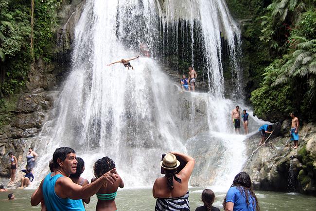 gozalandia_waterfall_puerto_rico40